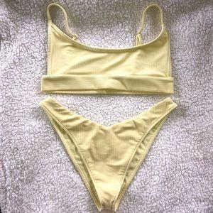 Frankie's Bikinis Set